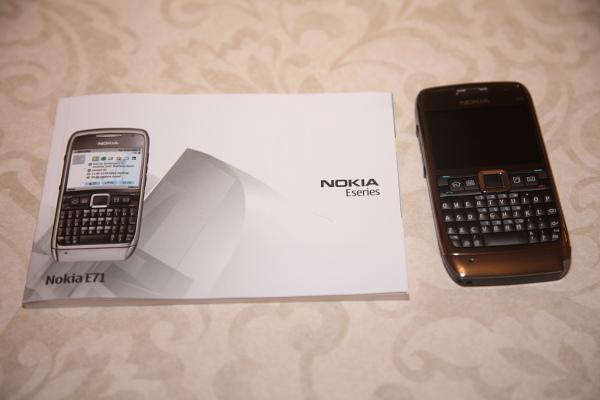 mobile phone reviews of nokia e71 smartphone nokia e71. Black Bedroom Furniture Sets. Home Design Ideas